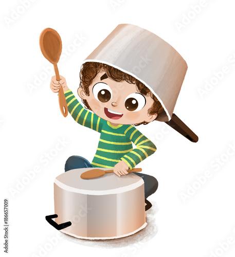 Niño en la cocina con cacerolas haciendo el loco