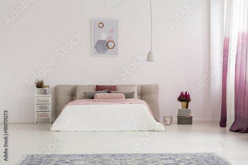 Foto op Canvas Snelle auto s White lamp above bed