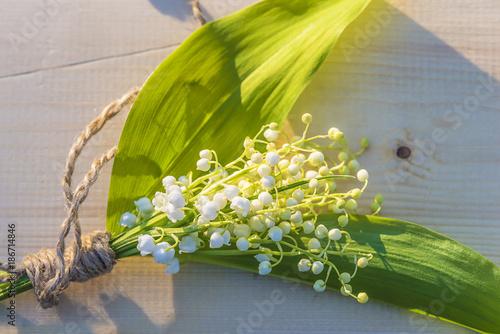 Fotobehang Lelietjes van dalen bouquet of lilies of the valley