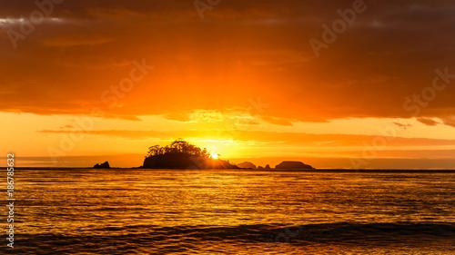 In de dag Oranje eclat Sunrise Seascape with Island