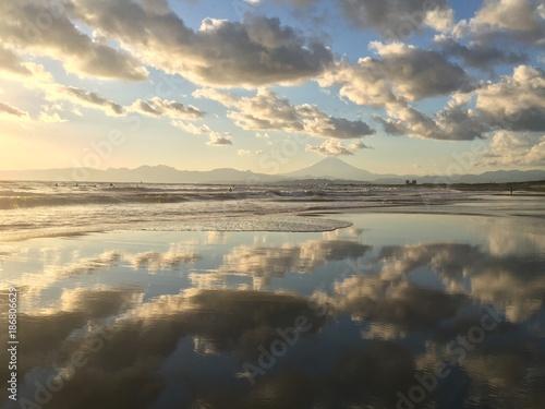 天空の鏡 鵠沼海岸