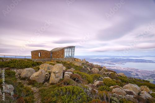 Papiers peints Lilas Mount Wellington at sunset, Tasmania.
