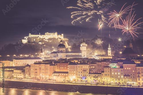 Poster Feuerwerk über der Altstadt von Salzburg, Festung Hohensalzburg