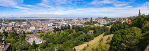 Fototapeta Edinburgh cityscape panorama Scotland UK