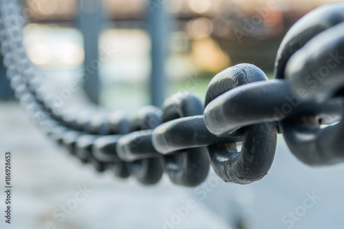 Large Iron Chain Fades out of Focus - 186928653