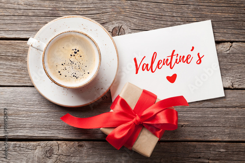 Valentines day greeting card - 186952679
