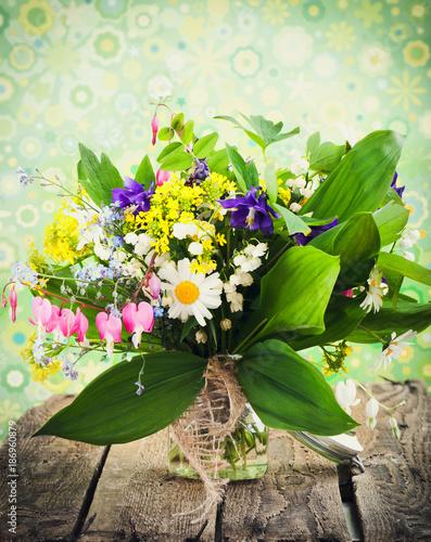 Foto Murales frische Frühlingsblumen