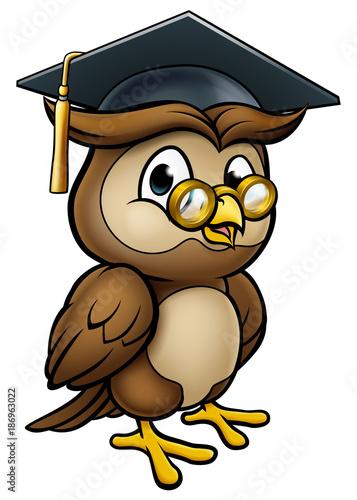 Keuken foto achterwand Uilen cartoon Wise Owl Graduate Teacher Character