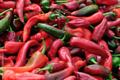 Foto op Canvas Hot chili peppers closeup of red and green fresh pepper