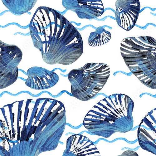 Watercolor seamless pattern of sea shells. © Svitlana
