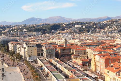 Fotobehang Nice Vue panoramique sur Nice et la promenade des Anglais, cote d'Azur, France