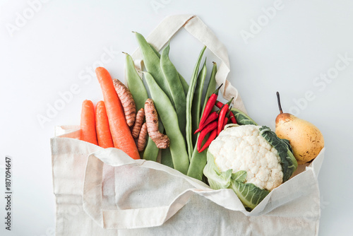 organic vegetables in the bag - 187094647