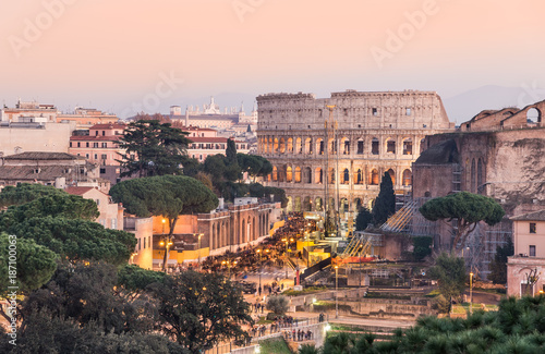 Foto op Plexiglas Cappuccino Panoramic view of Colosseum and ruins in the city center of Rome at sunset, Italy.