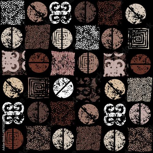 Coffee. Seamless ethnic grunge coffee pattern on black background. © kastanka