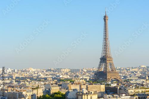 Fotobehang Parijs cityscape of paris by the sunset