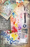 Murale con graffiti,collage,vecchie mappe,disegni,carte da gioco,francobolli e banconote antiche