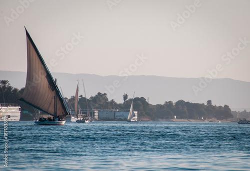 Fotobehang Zeilen red sea boat