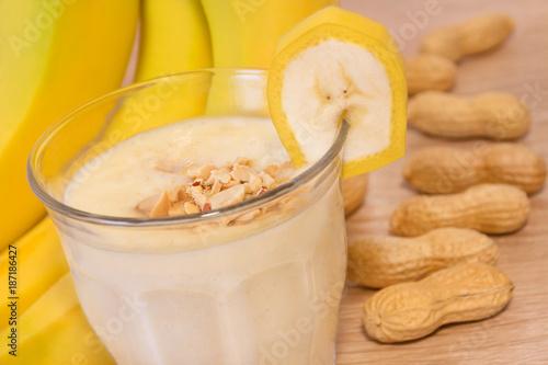 Deurstickers Milkshake Bananen - Erdnuß - Shake