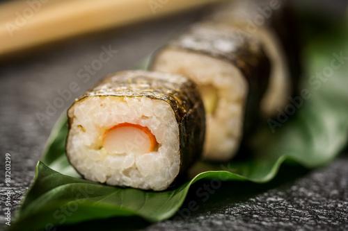 Papiers peints Sushi bar Sushi rolls hosomaki
