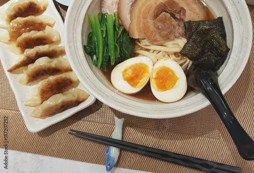 Poster Tokio Janpanese noodle ramen with pork gyoza