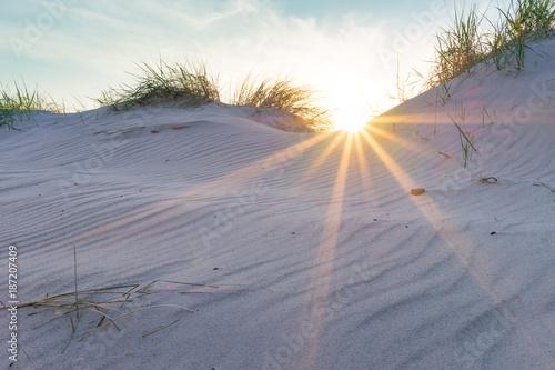 Foto op Plexiglas Noordzee Sonnenuntergang in den Ostseedünen