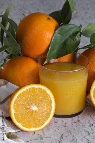 Foto op Plexiglas Sap Fresh orange juice in glass cup