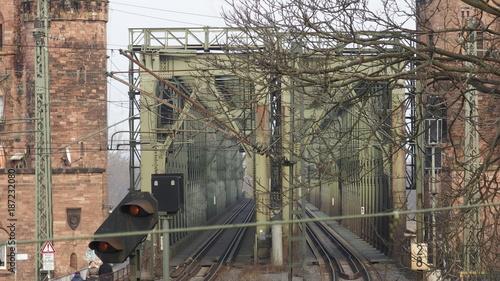 In de dag Spoorlijn OLYMPUS DIGITAL CAMERA