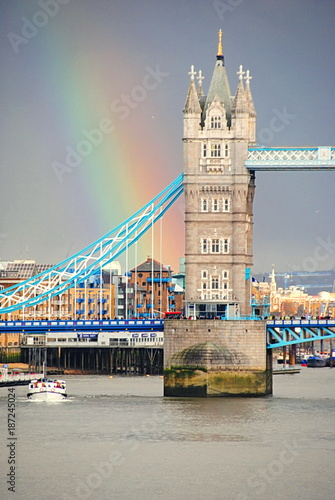 Papiers peints Londres Tower bridge in London with a rainbow. London tower bridge is one of London's famous bridges and one of many must-see landmarks.