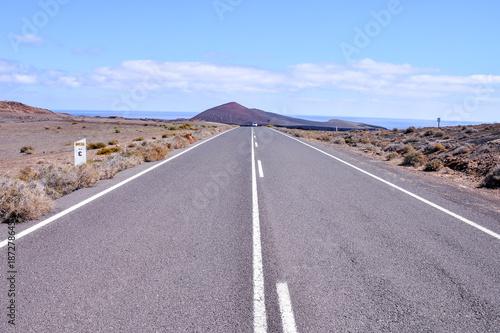Papiers peints Lavende Long Lonely Road