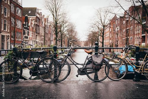 Foto op Aluminium Amsterdam Amsterdam Canal with Bikes
