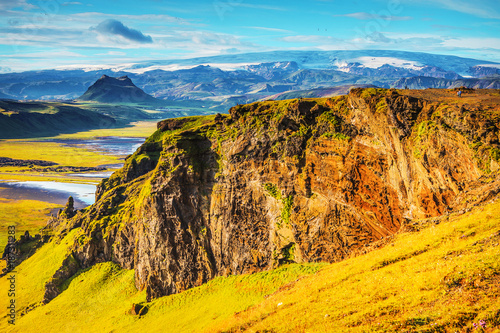 Staande foto Oranje Beautiful scenic landscape of Icelandic nature.