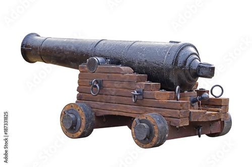 In de dag Schip Old medieval artillery canon on white