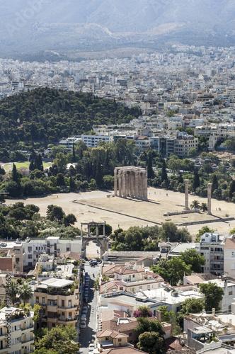 Foto op Plexiglas Athene vista di Atene con il Tempio di Zeus Olimpo e lo stadio panatenaico