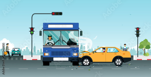 Aluminium Auto An accident on a bus collides with a personal vehicle due to traffic light violations.