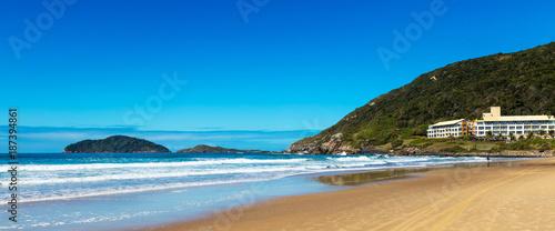 Praia do Santinho, Florianópolis, Brasil. - 187394861