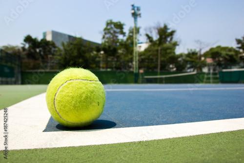 Fototapeta tennis ball on court