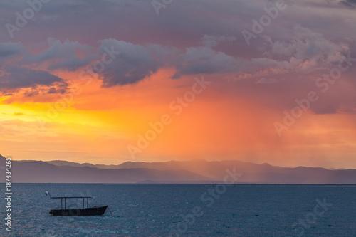 Poster Oranje eclat Stormy Sunset