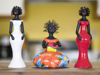 Little clay sculptures used as decoration in Brazil.