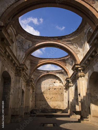 Fotobehang Centraal-Amerika Landen CASA SANTO DOMINGO, ANTIGUA - Beautiful old Spanish church with arches, gardens and colonial architecture.