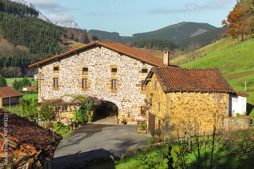 Foto Murales Typical Basque landscape between mountains