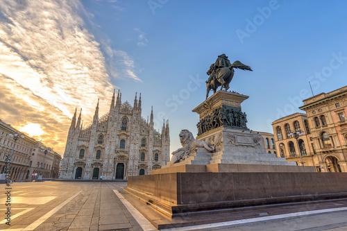 Fotobehang Milan Milan Cathedral (Milan Duomo) when sunrise, Milan (Milano), Italy