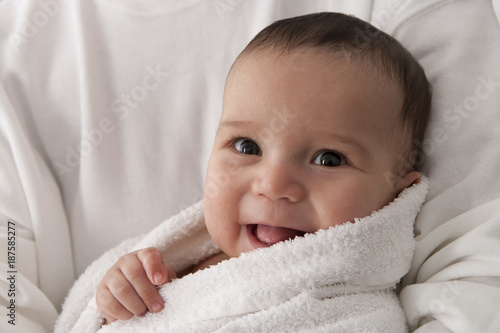 Portrait of s happy baby boy - 187585277