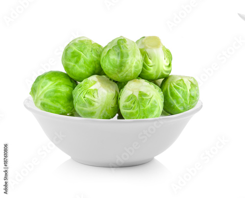 Papiers peints Bruxelles Brussel Sprouts in a bowl on white background