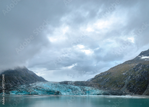 Deurstickers Blauwe hemel Skagway. Alaska. Glacier Bay. National Park