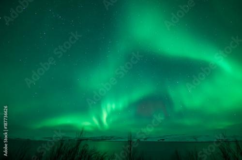 Fotobehang Noorderlicht Northern Lights over Lake