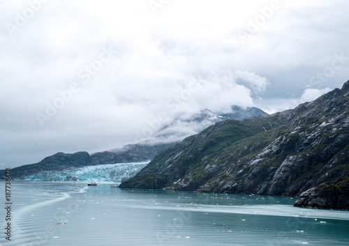 Fotobehang Wit Skagway. Alaska. Glacier Bay. National Park