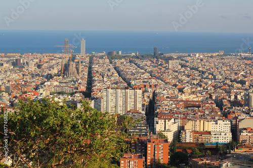 Keuken foto achterwand Barcelona BARCELONA, SPAIN - SEPTEMBER 2016: Skyline of Barcelona from park Guell, Spain