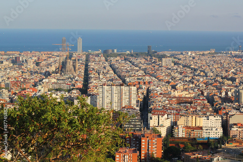 Foto op Canvas Barcelona BARCELONA, SPAIN - SEPTEMBER 2016: Skyline of Barcelona from park Guell, Spain