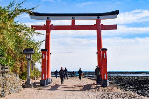 青島神社 鳥居 鬼の洗濯板