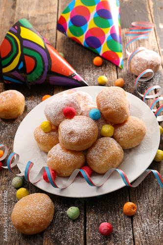 Foto Murales donut with carnival decoration